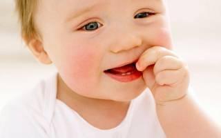 Ребенку 7 месяцев нет зубов почему