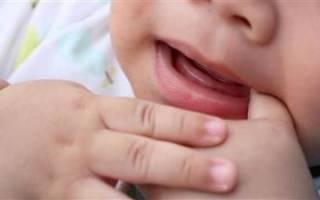 У ребенка лезут зубы чем обезболить