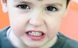 Почему ребенок скрежет зубами ночью